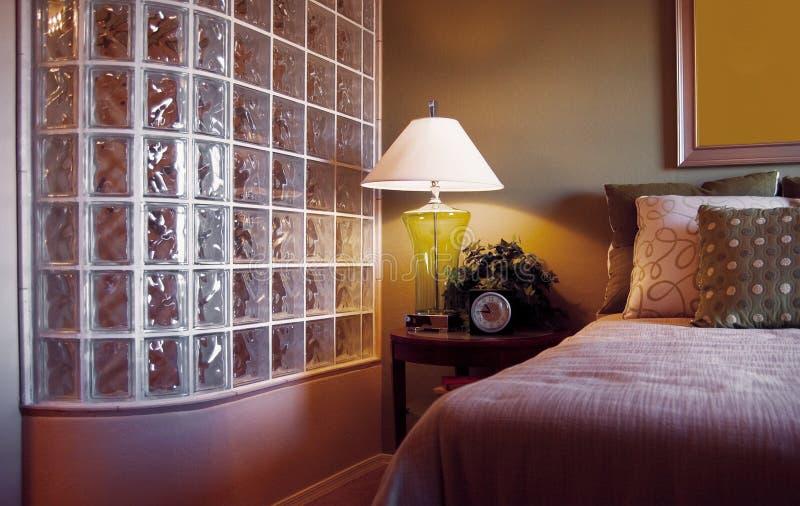 De verdeler van de de douchebakstenen muur van het glasblok stock foto