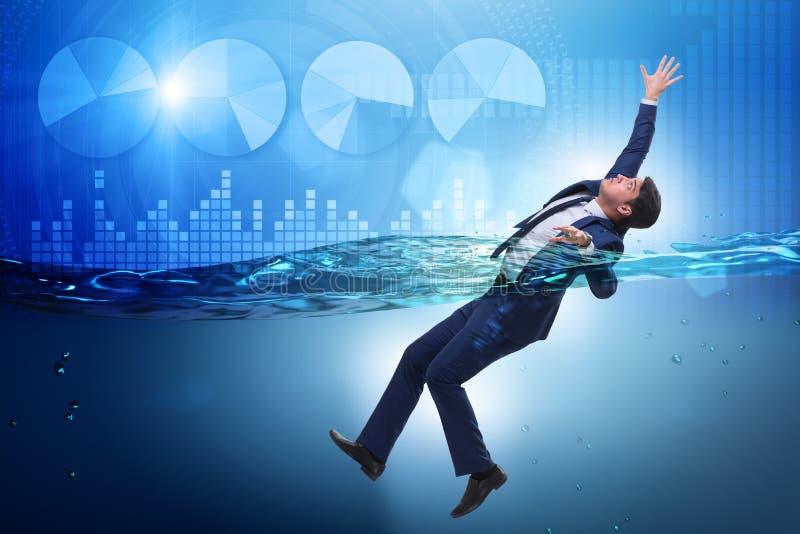De verdrinkende zakenman in insolventie en faillissementsconcept stock fotografie