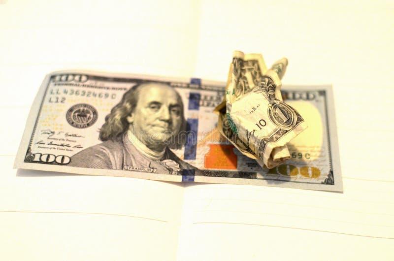 De verfrommelde bal van de de V De gerimpelde Rekening van de Dollar royalty-vrije stock foto's