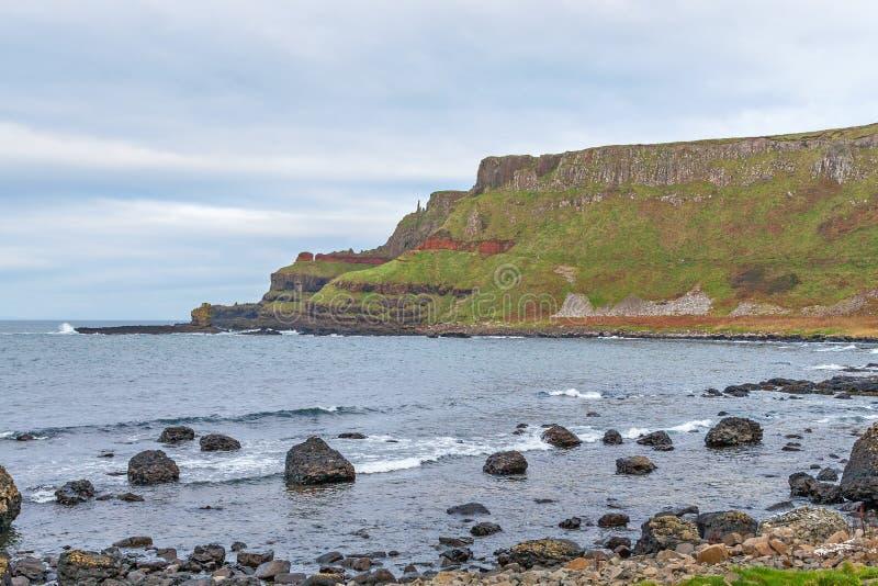 De Verhoogde weg van de reus, Noord-Ierland stock afbeeldingen