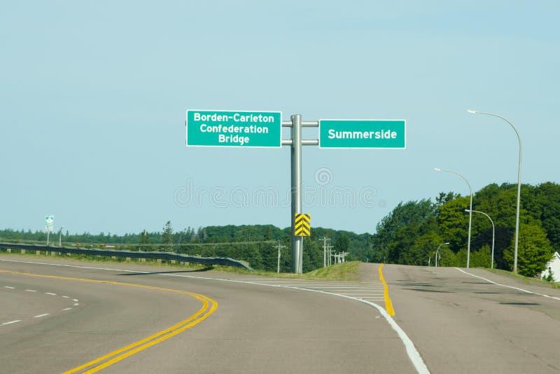 De Verkeersteken van de federatiebrug - PEI - Canada stock afbeeldingen