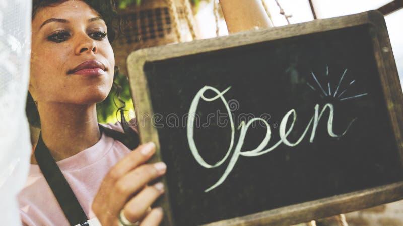 De Verkoop Open van de bedrijfs kleinhandelswinkelopslag Handel stock afbeeldingen