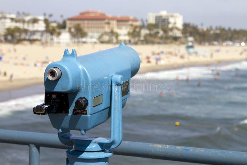 De Verkoop van de Kijker van de Telescoop van het strand stock afbeeldingen
