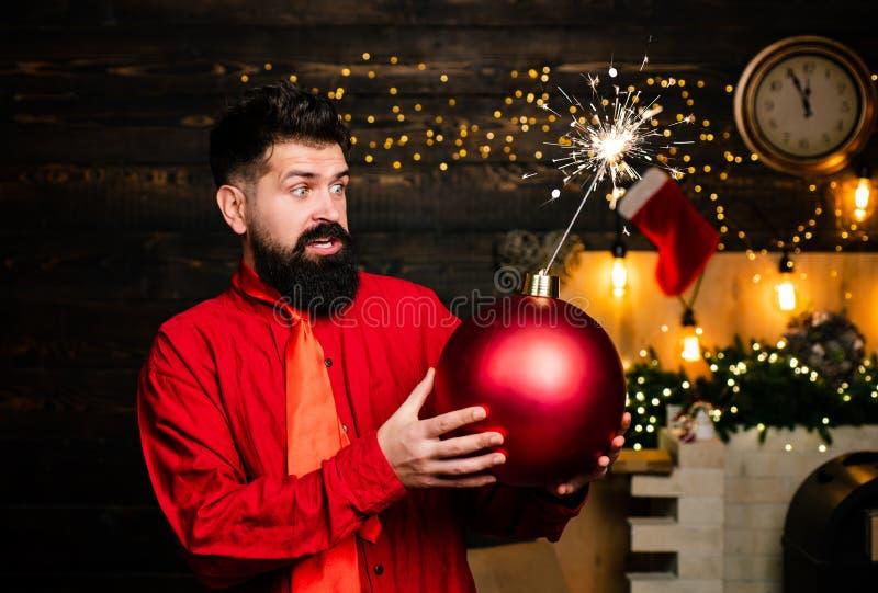 De verkoop van Kerstmis Van de Kerstmanwensen van de fonkelingsontploffing Grappige Vrolijke Kerstmis en Gelukkig nieuw jaar De m stock foto