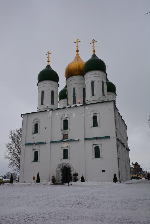 De Veronderstellingskathedraal van de 17de eeuw in Kolomna, Rusland stock foto