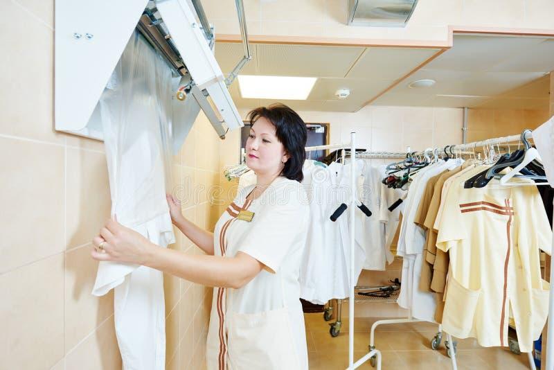 De verpakkingsdienst na het schoonmaken royalty-vrije stock afbeeldingen