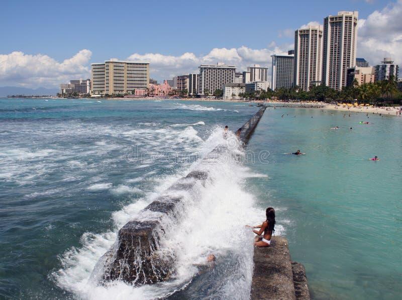 De Verpletterende golven van Hawaï stock afbeeldingen
