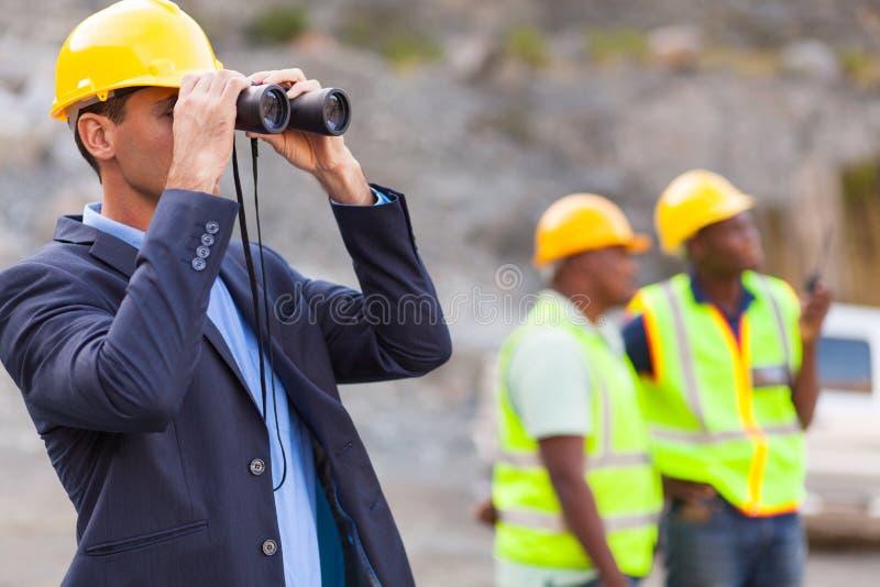 De verrekijkers van de mijnmanager stock foto's