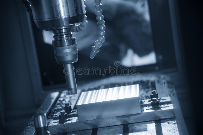 De verrichting van CNC malenmachine royalty-vrije stock fotografie