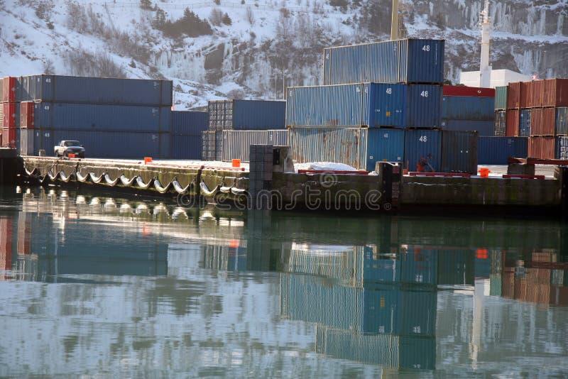 De winter Verschepende Containers royalty-vrije stock fotografie