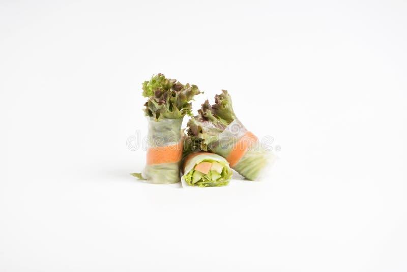 De verse die broodjes van de besnoeiingssalade op witte achtergrond worden ge?soleerd royalty-vrije stock foto