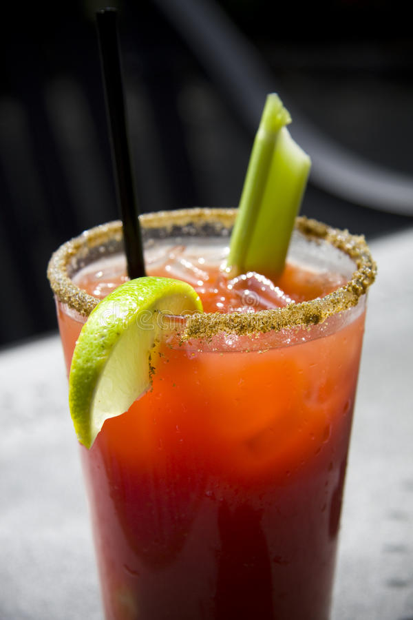 De verse drank van de Cocktail van Caesar of van de Bloody mary stock foto's