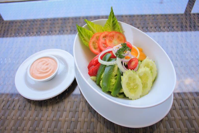 De verse Salade van de Tuin stock foto's