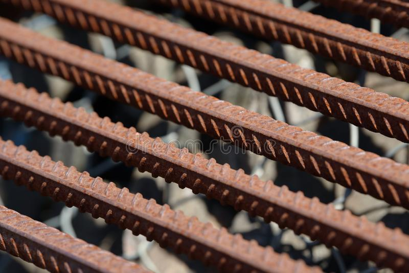 De versterkende achtergrond van de Staalbar, Rebar voor concrete bouwwerkzaamheid Metaalanker Het versterken van staalbars voor d royalty-vrije stock foto's