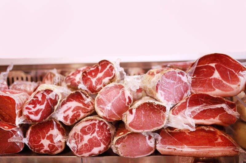 De vertoning van het delicatessenwinkelvlees royalty-vrije stock afbeelding