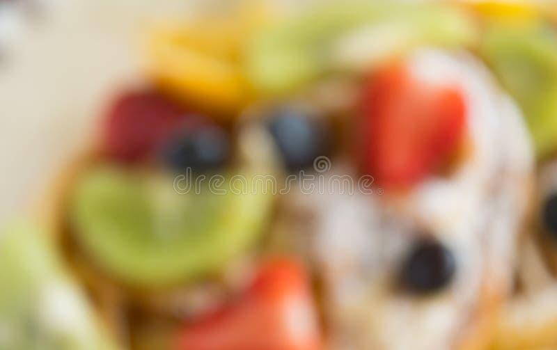 De vertroebelende Achtergrond van Kiwi Blueberry Fruity Waffle Dessert van de Stijlaardbei voor Ontwerp stock afbeelding