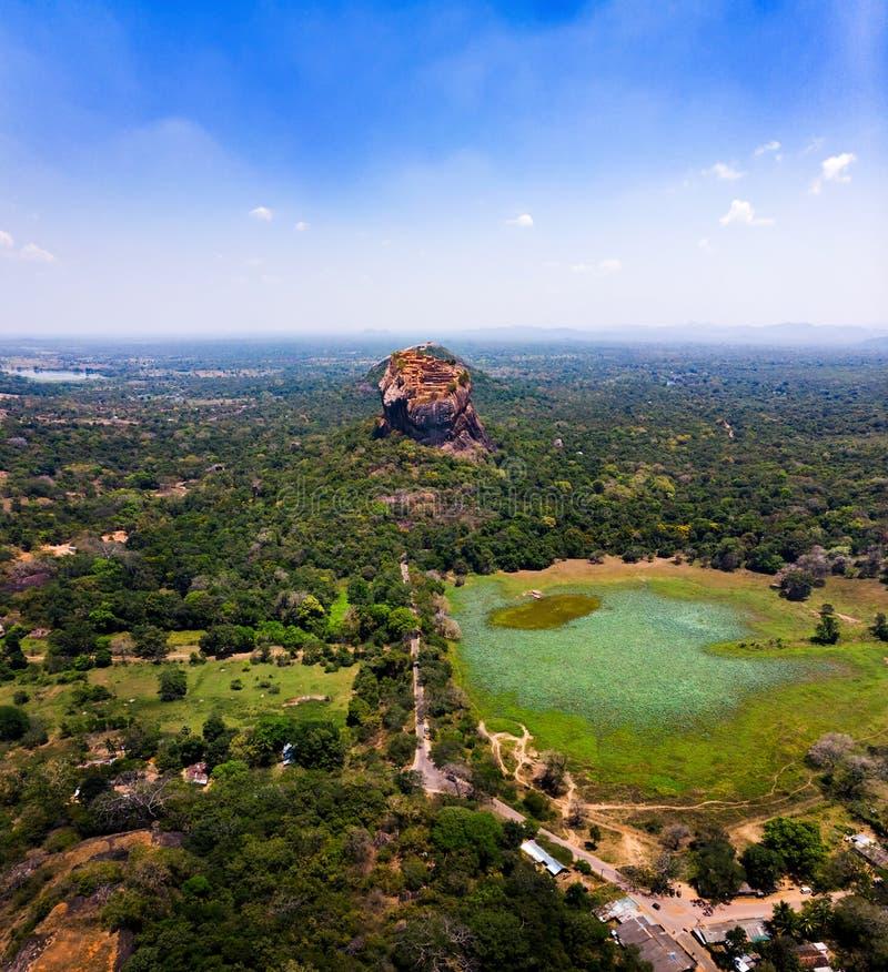 De vesting van de Sigiriyarots in Centrale Provincie van Sri Lanka-satellietbeeld royalty-vrije stock afbeelding