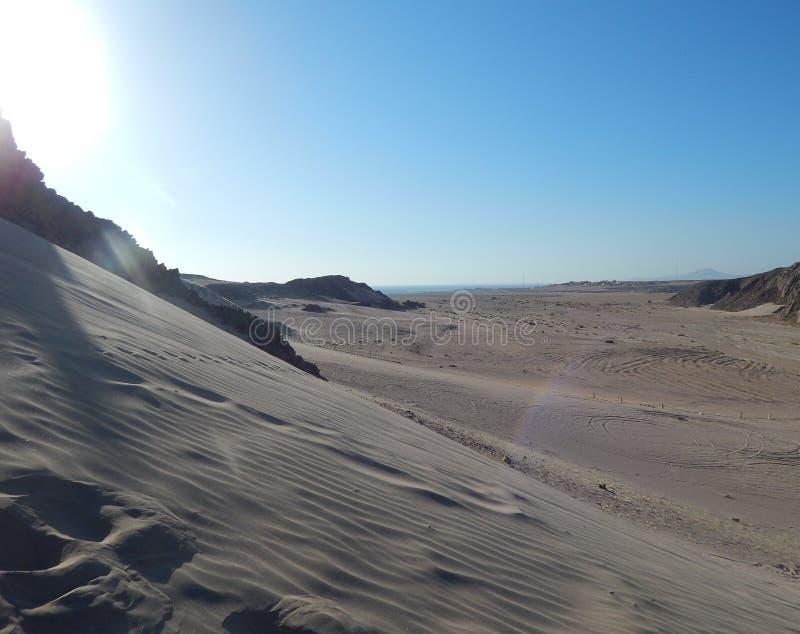 De vidsträckta sanddyerna av Egypten arkivfoto