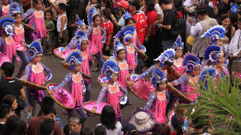 De Viering van de Parade van Cebu van Sinulog stock fotografie