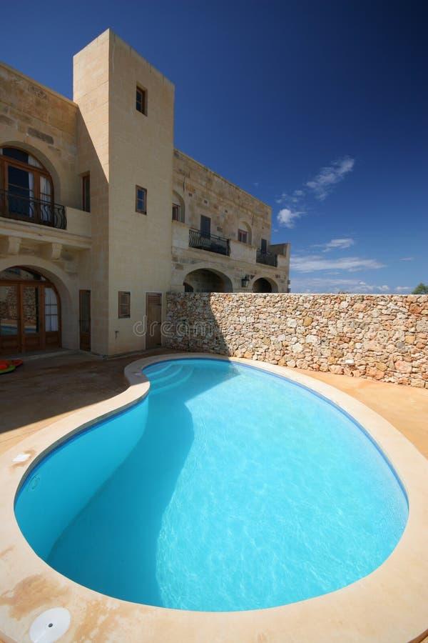 De villa van de vakantie royalty-vrije stock afbeelding