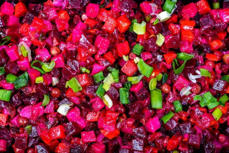 De vinaigrette Russisch traditioneel voedsel van de bieten rood salade stock afbeelding