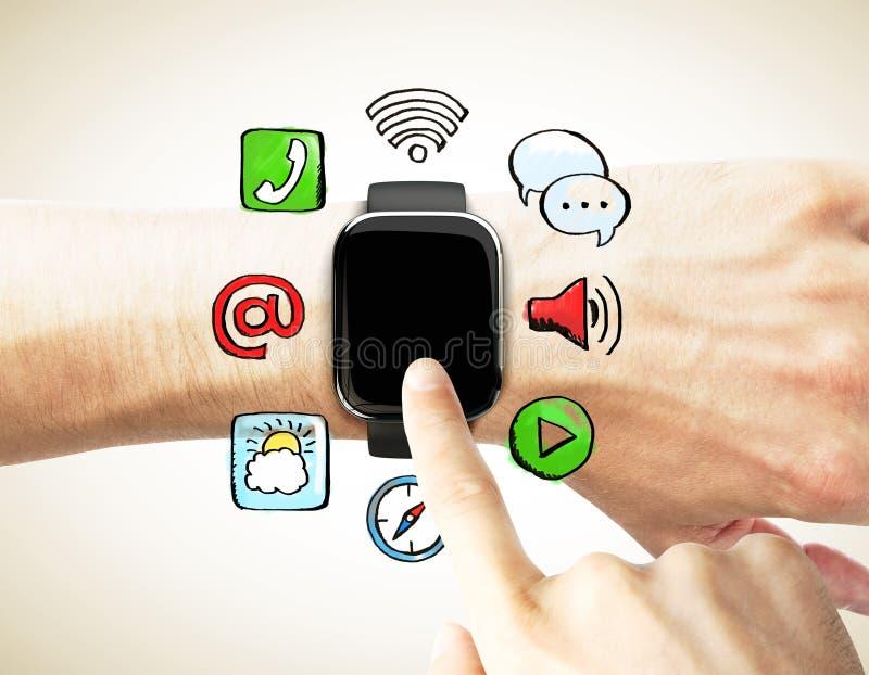 De vinger drukt het digitale horloge met sociale media pictogrammen stock illustratie