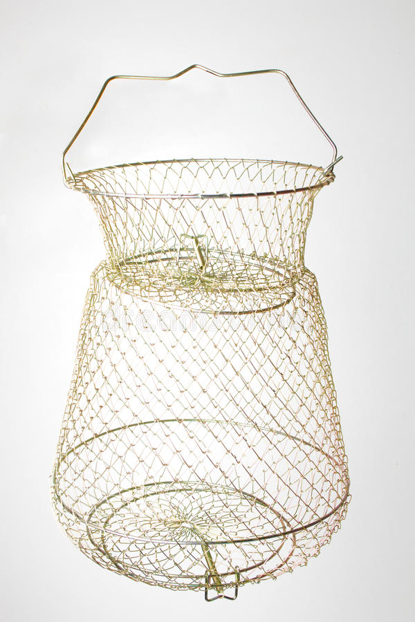 Download De Vissen Van Het Metaalnetwerk Stock Afbeelding - Afbeelding bestaande uit terughoudendheid, kooi: 54080823
