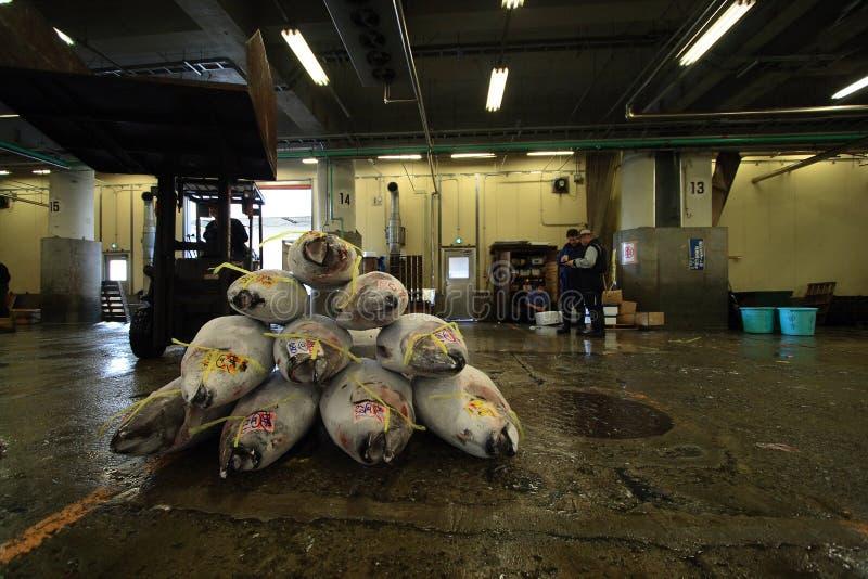 De Vissenmarkt van Tsukijitokyo stock fotografie