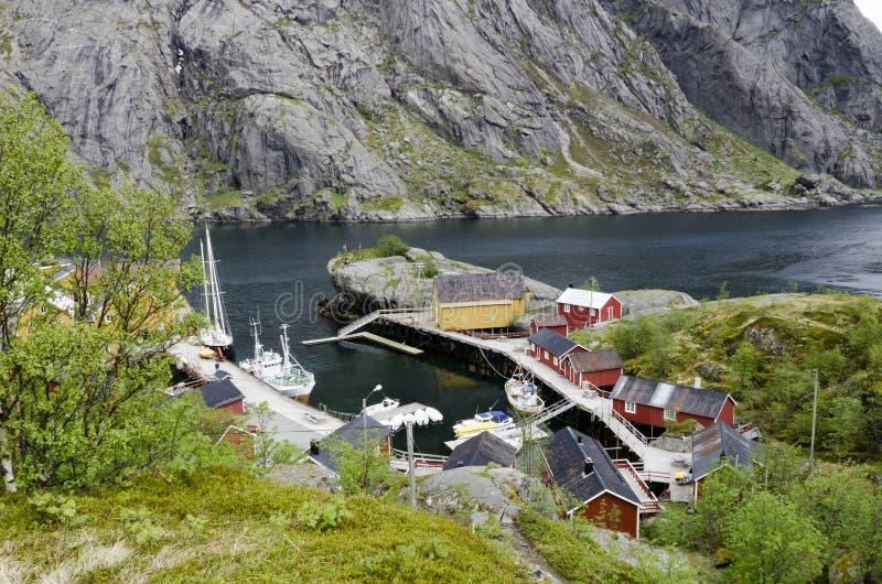 De visserij van dorp op fjord royalty-vrije stock foto's