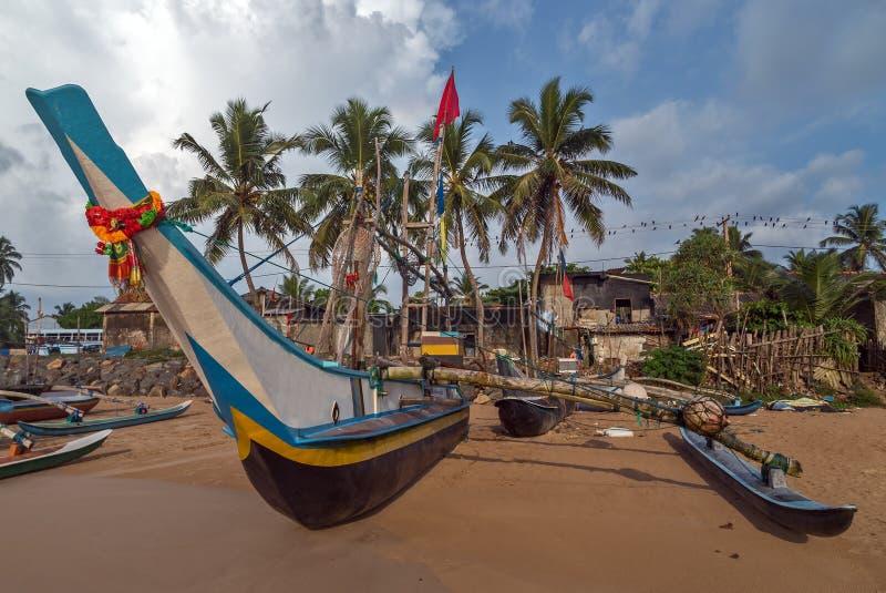 De visserijcatamarans van Sri Lanka, vissenboten stock foto's