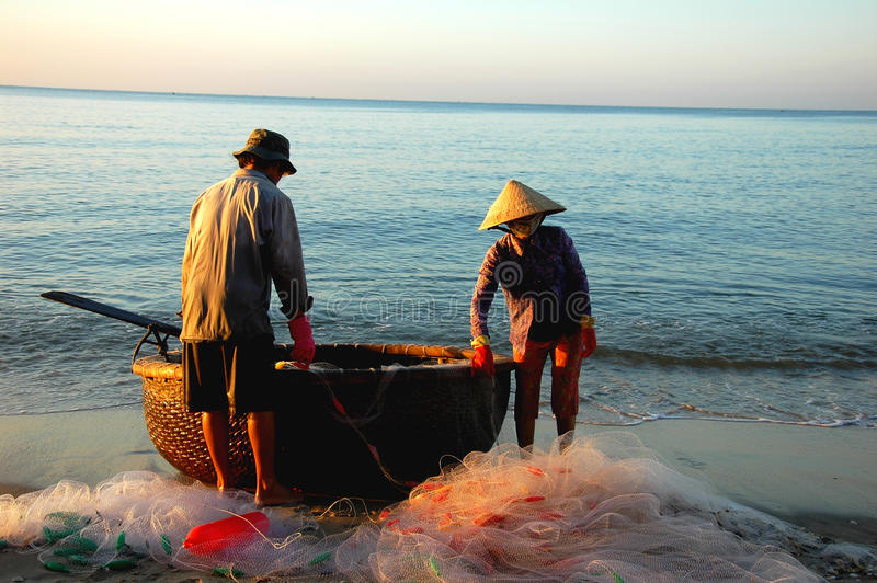 De vissers van Vietnam royalty-vrije stock afbeeldingen