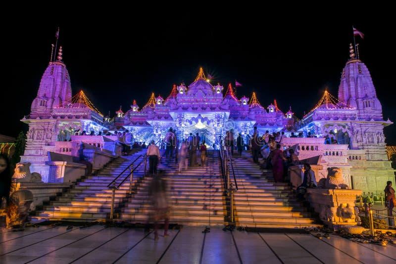 De vista completa do templo de Swaminarayan fotografia de stock royalty free