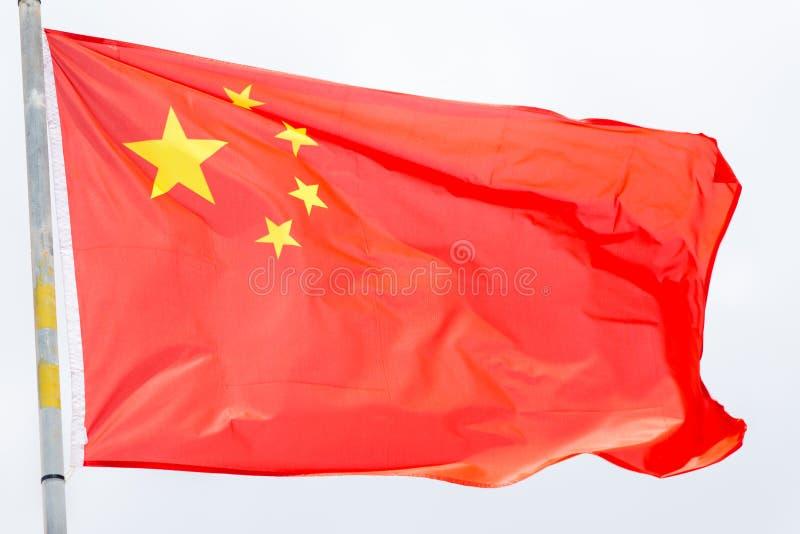De vlag die van China op de wind golven royalty-vrije stock foto's