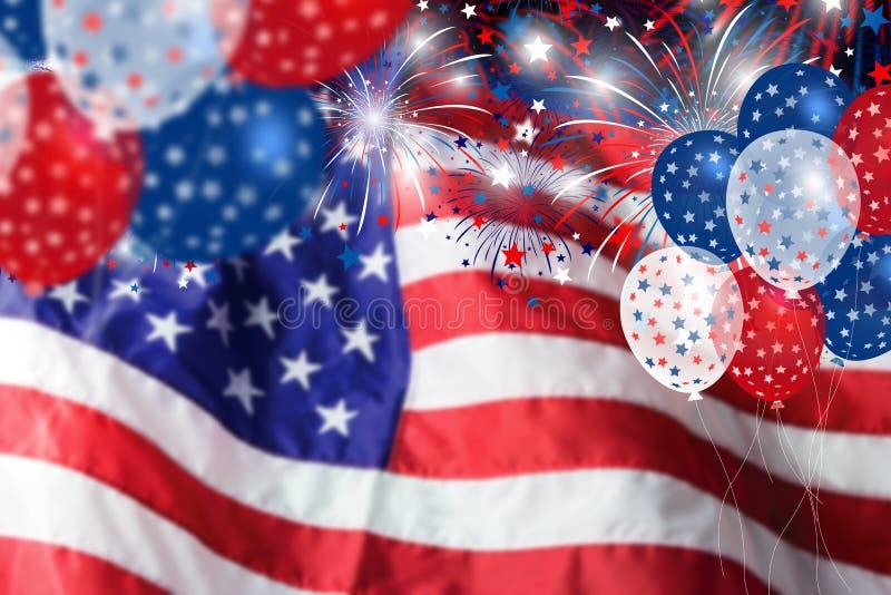 De vlag van de V.S. met vuurwerk en ballonachtergrond stock foto's