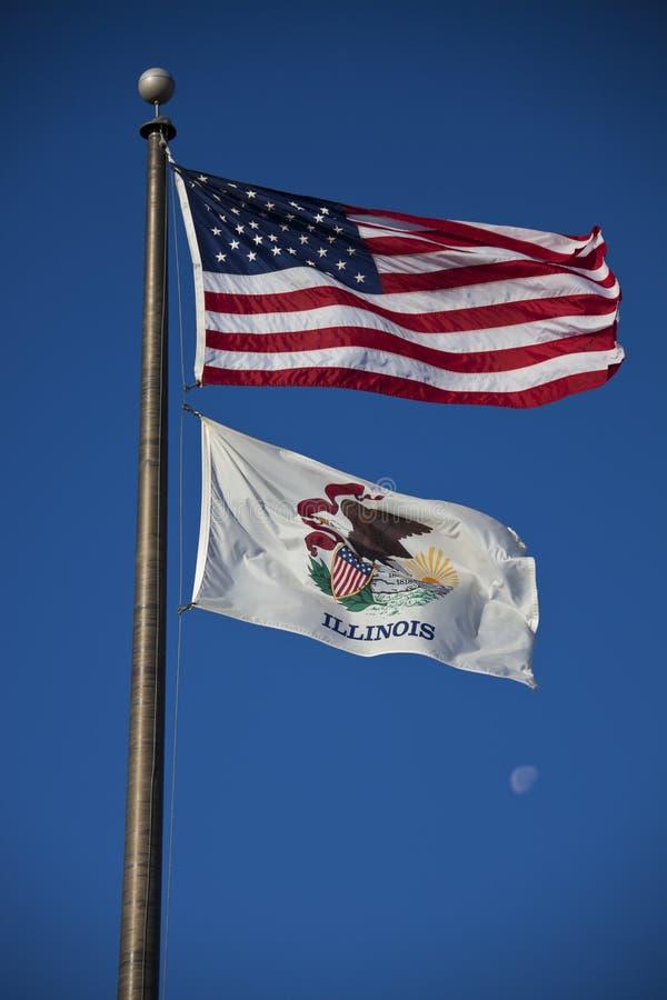 De Vlaggen Van De V.S. En Van Illinois Royalty-vrije Stock Foto's