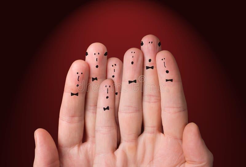 De vlakken worden geschilderd op de vingers Choir zingt samen royalty-vrije stock afbeelding