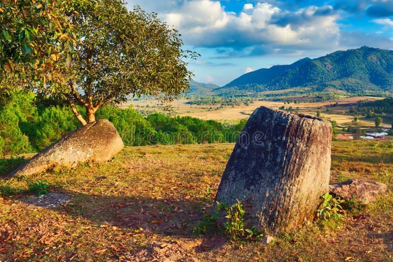 De Vlakte van kruiken laos stock afbeeldingen