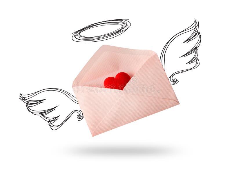 De vleugel van de envelopengel met rood hart royalty-vrije stock fotografie