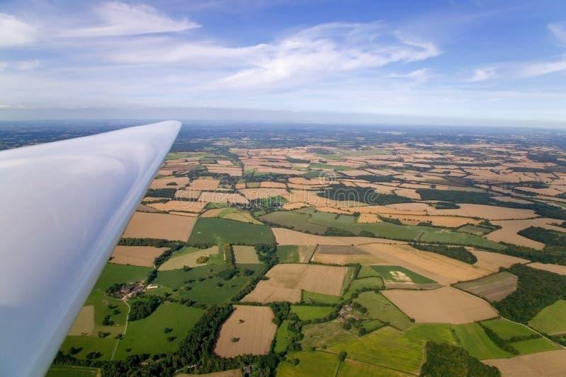 De vleugellandschap van het zweefvliegtuig stock foto's