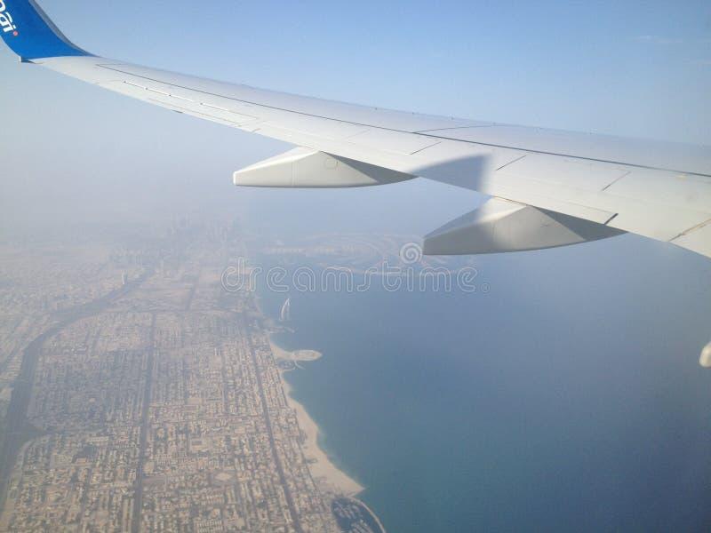 De vliegluchtvaartlijnen van Doubai Doubai de palm stock foto
