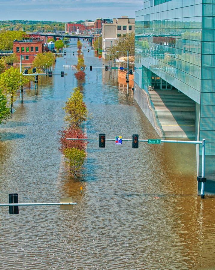 2019 de Vloed van Davenport Iowa stock afbeeldingen