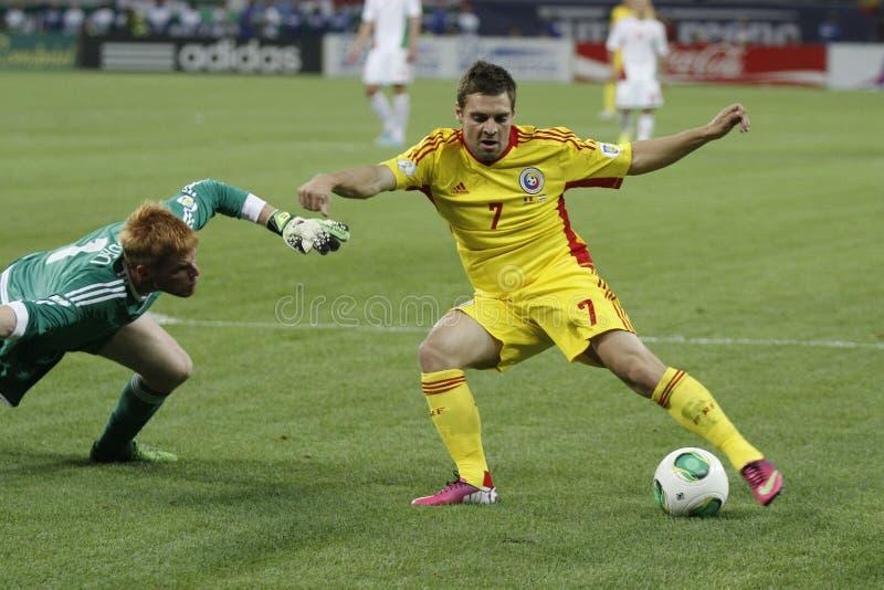 De voetbalspel van Roemenië - van Hongarije, Adrian Popa royalty-vrije stock afbeelding