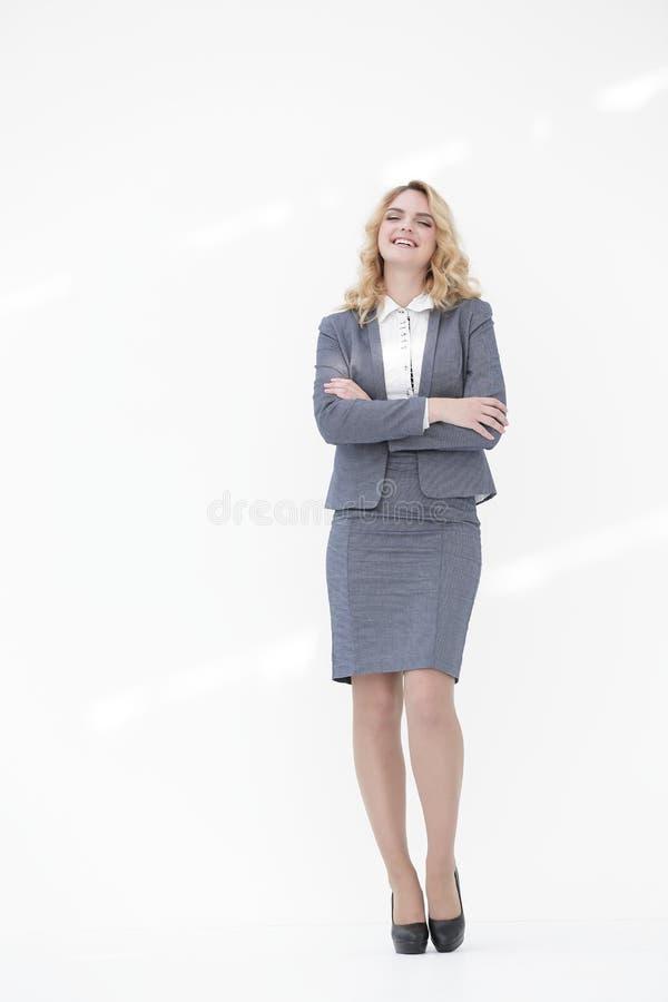 In de volledige groei Glimlachende bedrijfsvrouw stock afbeelding