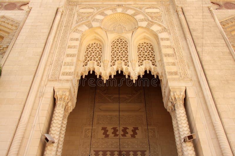 Download De Voor Moskee Van Alexandrië Van De Ingangsboog Oude. Stock Foto - Afbeelding bestaande uit kleur, building: 10781490