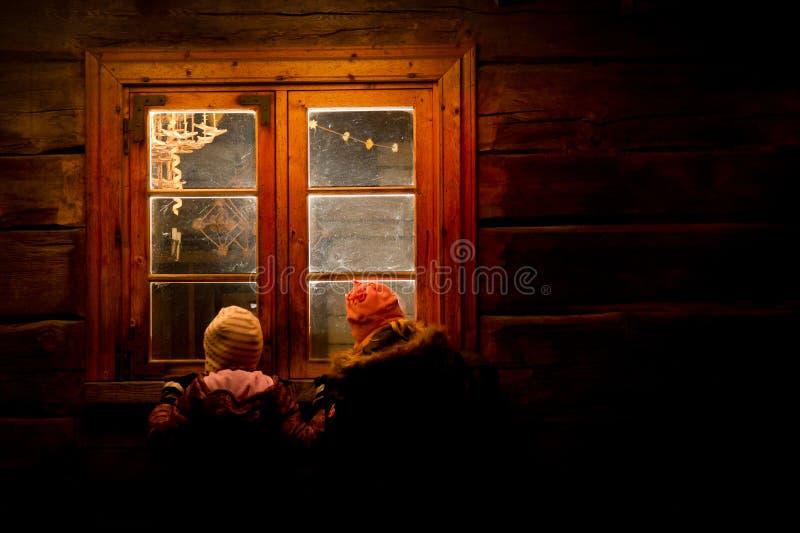 De vooravond van Kerstmis in het huis van de Kerstman stock foto