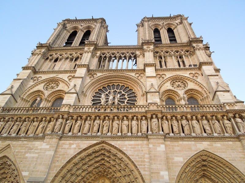 De voorgevel van Notredame church royalty-vrije stock foto's