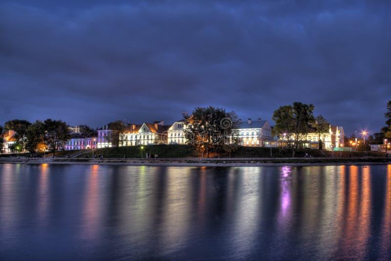 De voorstad van Troitskoe recente avond stock fotografie