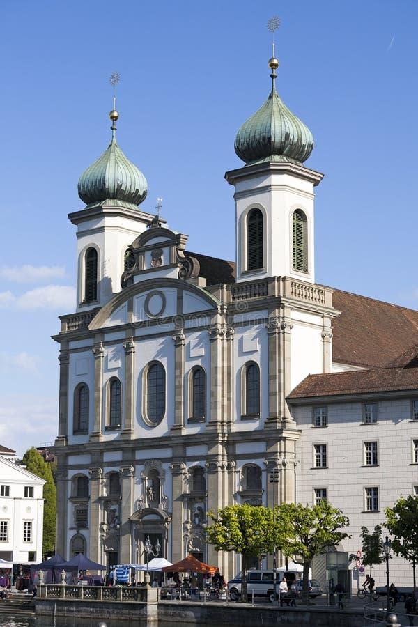 De voorvoorgevel van de Jezuïetkerk in Luzerne royalty-vrije stock fotografie