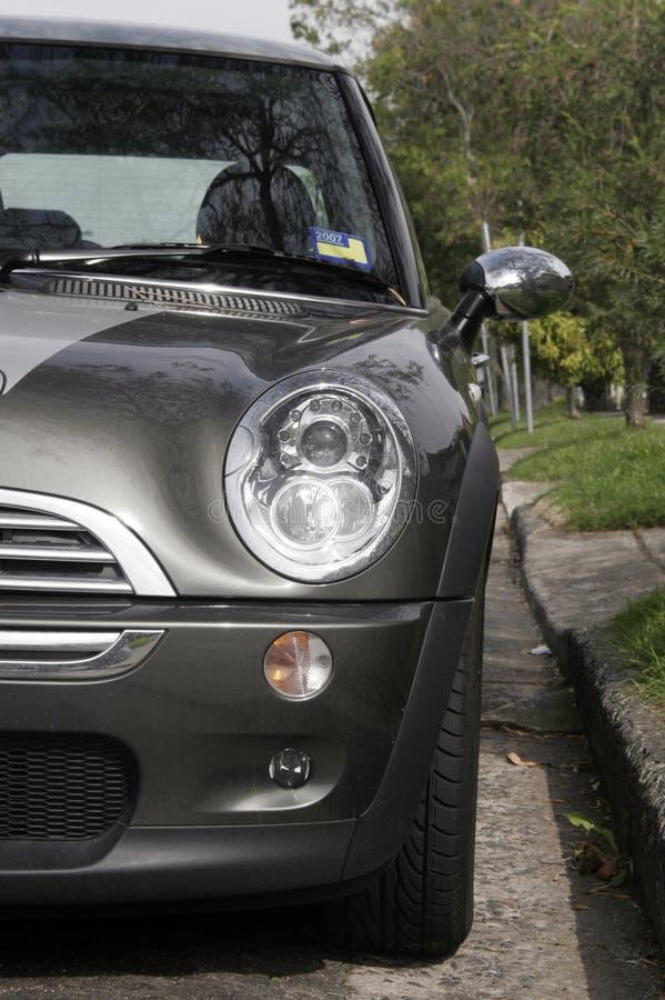 De Voorzijde van de auto stock fotografie