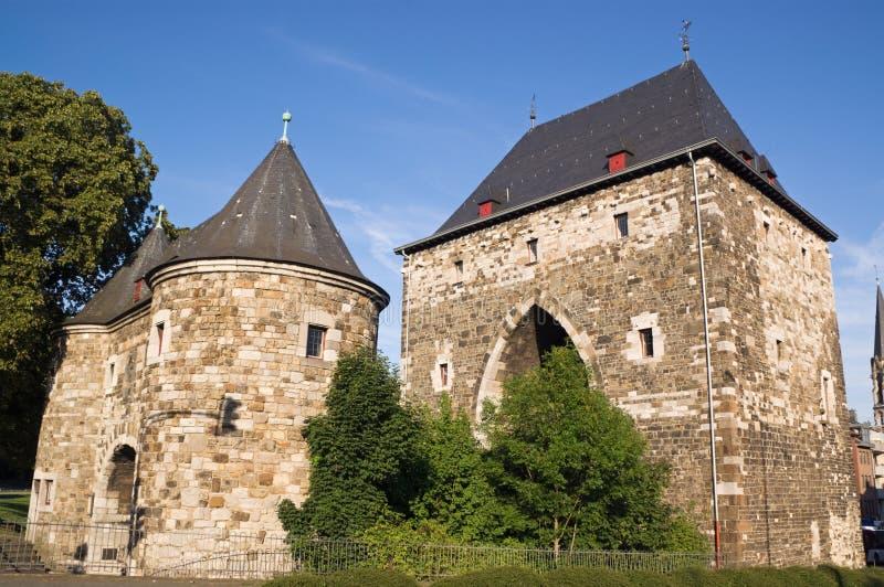 De voorzijde van het noorden van Ponttor in Aken royalty-vrije stock fotografie